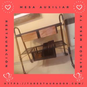 Mesa auxiliar restaurada