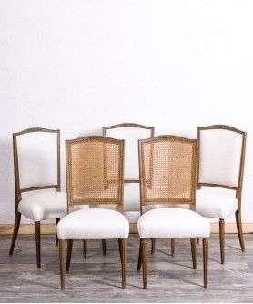 sillas estilo modernista de patas rectas