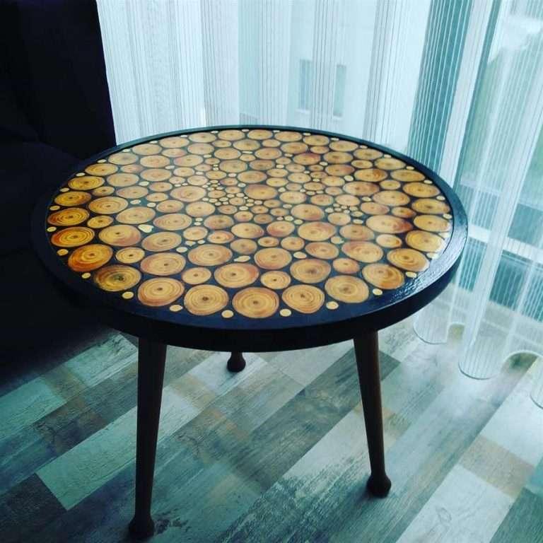 mesa con resina epoxica